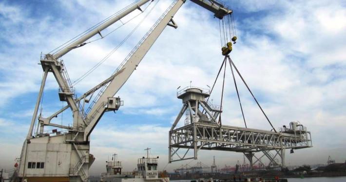Ship offloader build