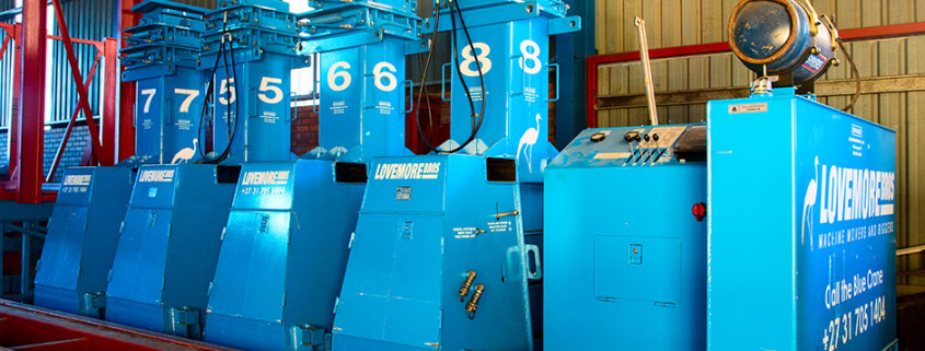 Lovemore Bros Hydraulic Gantry