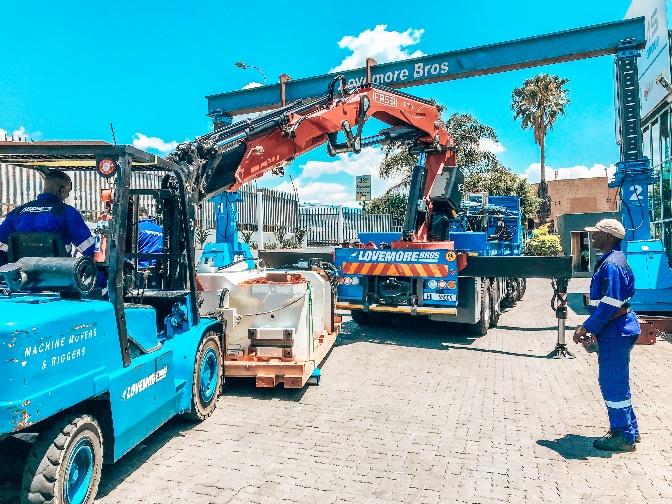 heavy rigging equipment